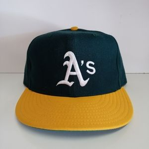 Vintage Oakland A's New Era Diamond Collection Hat
